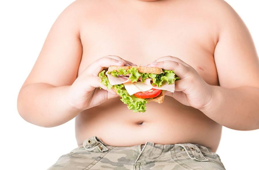 Alimentazione e bambini: come combattere obesità e sovrappeso