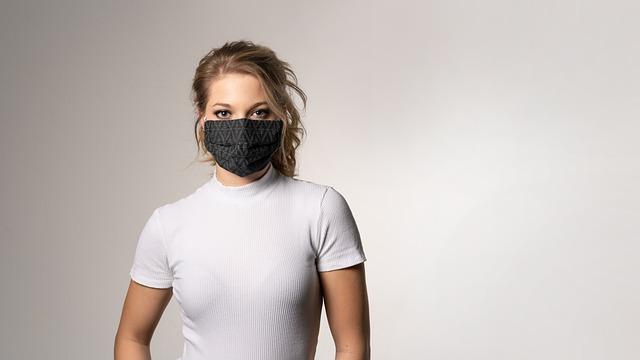 Promuovere il brand nel rispetto della salute con le mascherine personalizzate