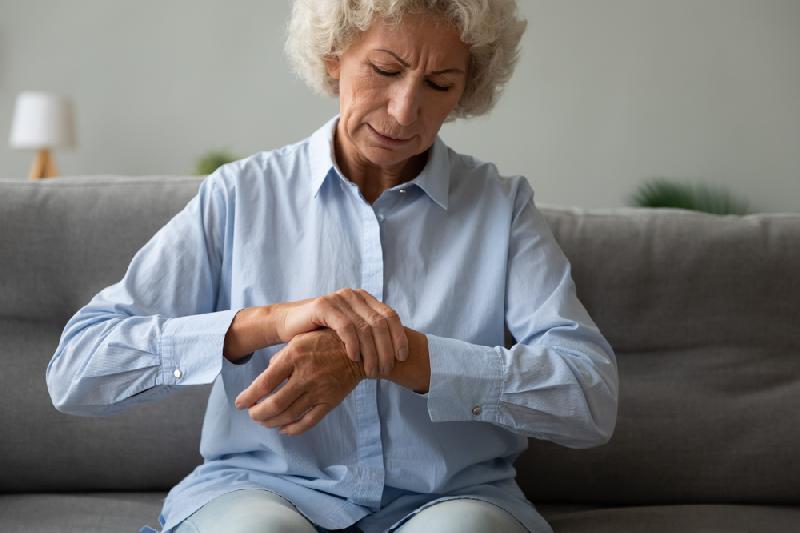 Artrite e artrosi alle mani: conseguenze e indicazioni